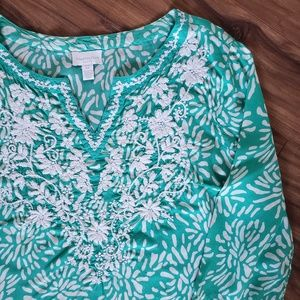 Teal white petite floral tunic tee embroidered